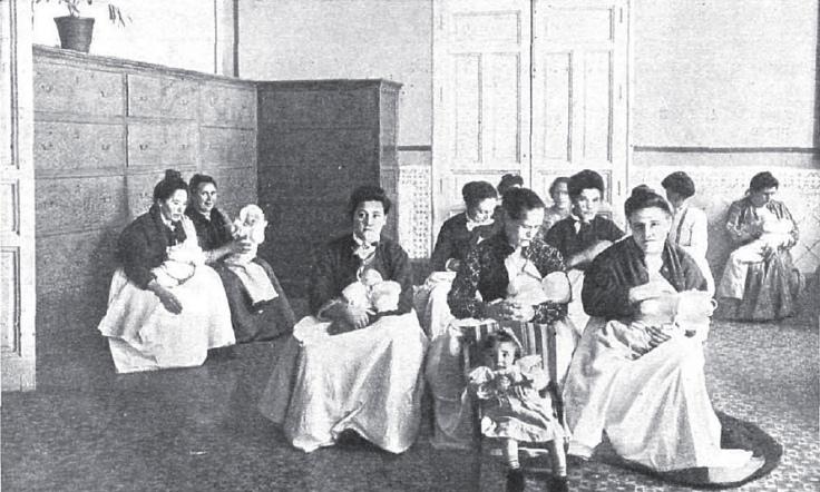1905. Amas de cria de una Inclusa
