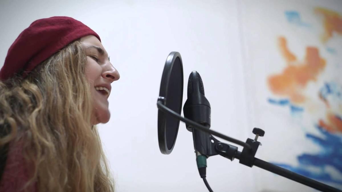 Mamá canta, Tánit Navarro